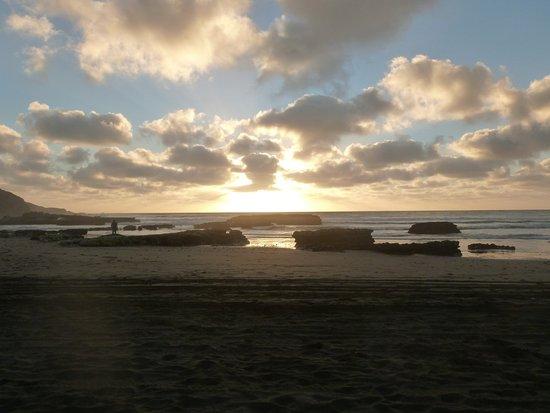 Port Waikato, Nouvelle-Zélande : Sunset