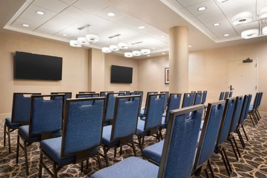 Embassy Suites By Hilton San Antonio Airport Updated