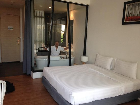 Racha Thewa, Tailandia: Our room