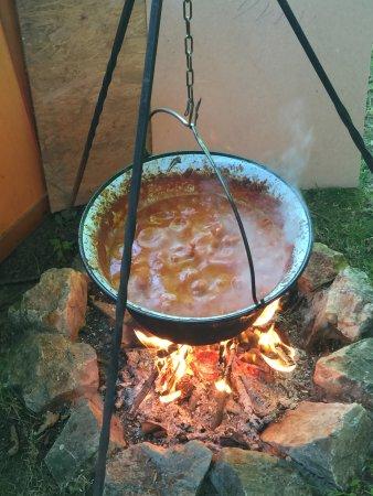 Eat & Meet: 7 hours over an open flame...