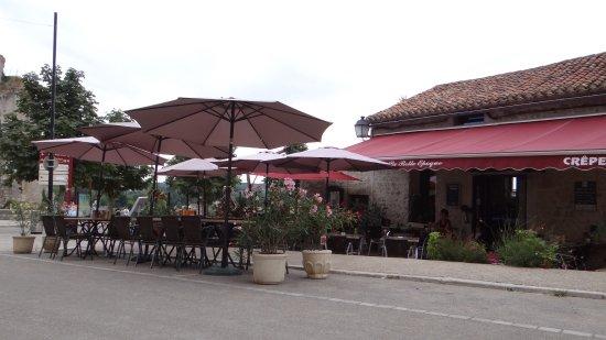 Chauvigny, France: Terrasse