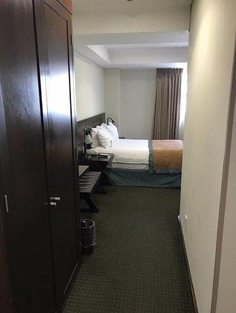 Ancho de habitacion en promedio 1 metro