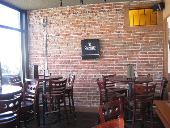 Edgewater, CO: Providence Tavern - interior