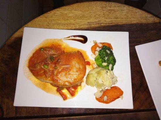 Hotel Diuwak : Te invito a disfrutar deliciosas comidas ,almuerzo,postres,cenas Pizzas y lo que desees  ,a muy