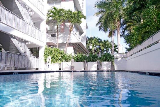 Photo of Crest Hotel Suites Miami Beach