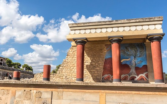 Knossos Archaeological Site: reconsturction