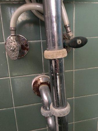 Dirty Bathroom Picture Of El Patio Motel Key West Tripadvisor