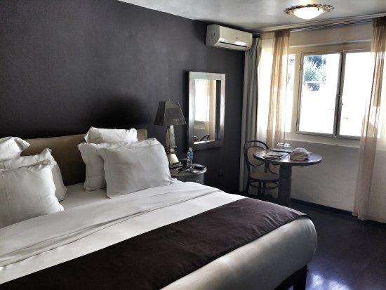 El Meson Hotel