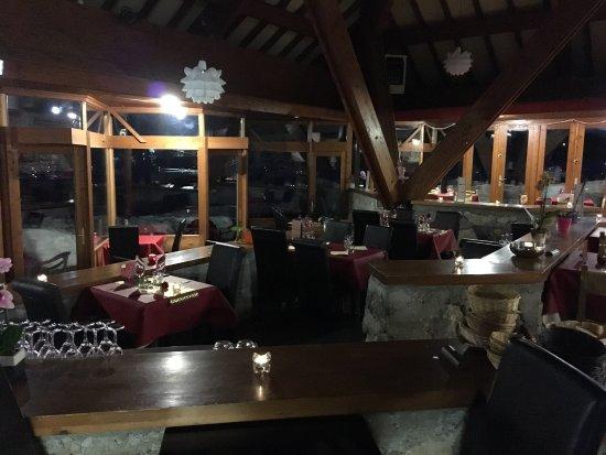 Campan, France: Une soirée de st Valentin A L'arcoch