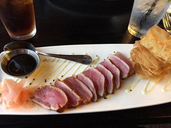 Orland Park, IL: Asian ahi tuna appetizer