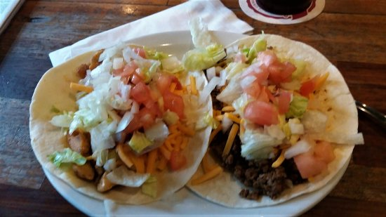 Evansville, WI: Taco Tuesday YUM
