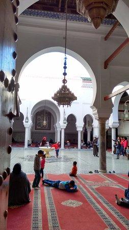 Zaouia of Moulay Idriss II: Por fora!