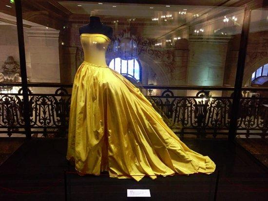 París, Francia: The Paris opera pays tribute to lavish past performances