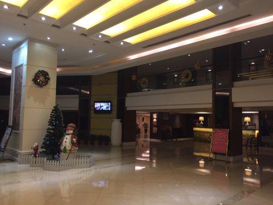 Yihao Hotel : エントランス