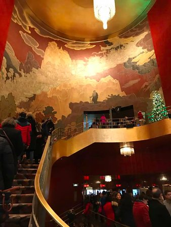 Radio City Music Hall - Picture of Christmas Spectacular