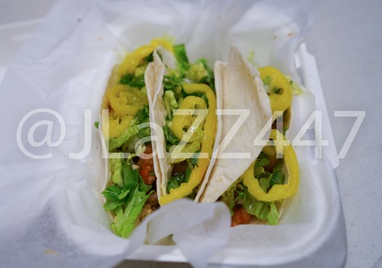 Holyoke, MA: Chicken Soft Shell Tacos