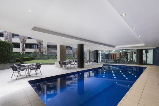 Adina Apartment Hotel Sydney Darling Harbour Outdoor Pool