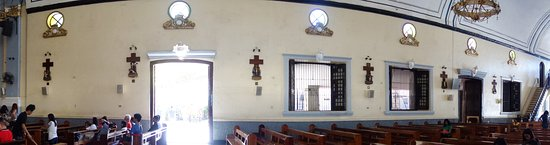 Manaoag, الفلبين: Stations of the Cross