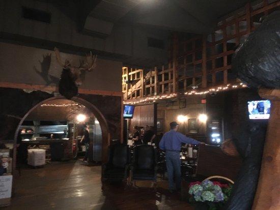 Canton, Джорджия: Photos of Restaurant interiors...