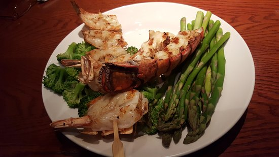 Downers Grove, IL: Lobster and shrimp with two healthy sides