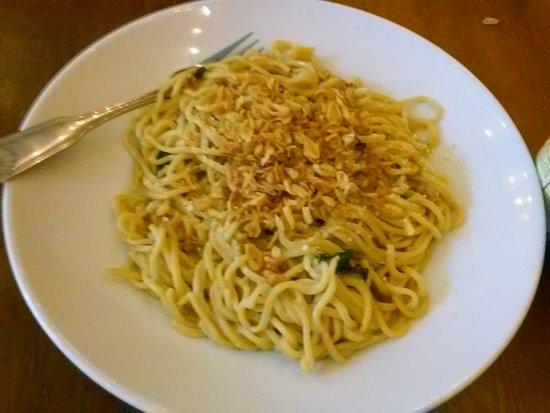 เอลเซอร์ริโต, แคลิฟอร์เนีย: garlic noodle