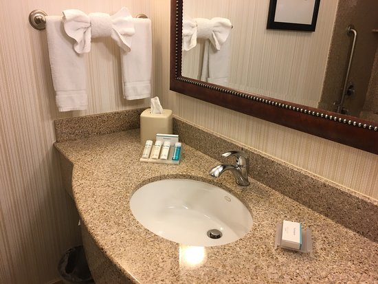 Hilton Garden Inn, Oxnard/Camarillo: photo2.jpg