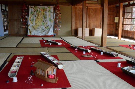 Tojo House: 戸定さくら雛