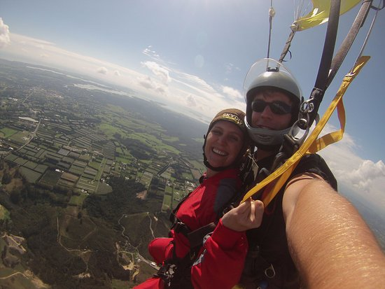Kerikeri, New Zealand: so happy! amazing skydive!
