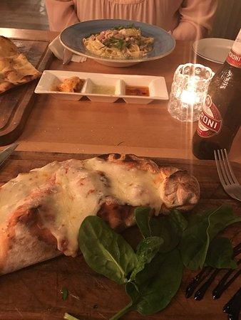 Tavistock Italia Retro Restaurant: photo0.jpg