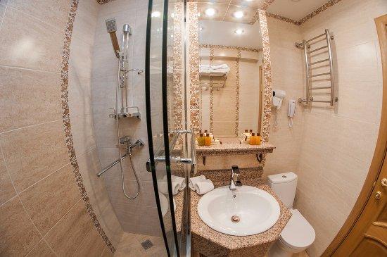 Uyut Hotel Photo