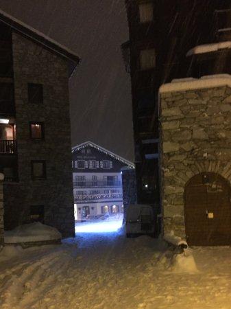 Hotel la Galise: La Galise hotel in the snow