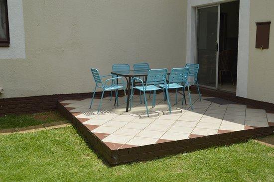 Ecotel o r tambo kempton park afrique du sud voir les for Salle a manger johannesburg