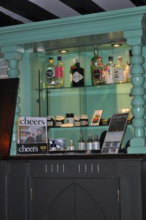 Wark, UK: Gin selection and homemade preserves