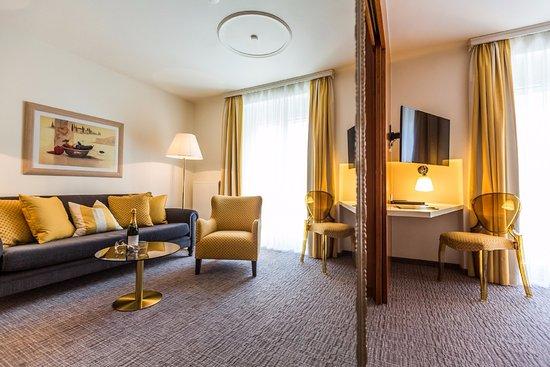 GORITSCHNIGGs Hotel : Unsere gelbe Suite