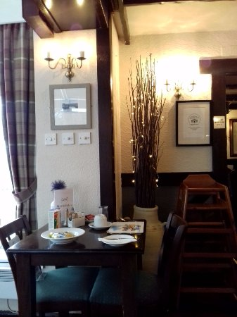 Largo, UK: corner of conservatory restaurant