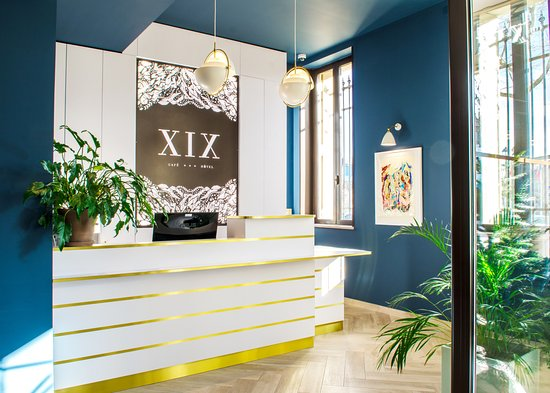 Café Hôtel XIX