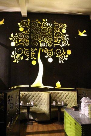 Honeymoon Inn Manali: Best hotel for couples