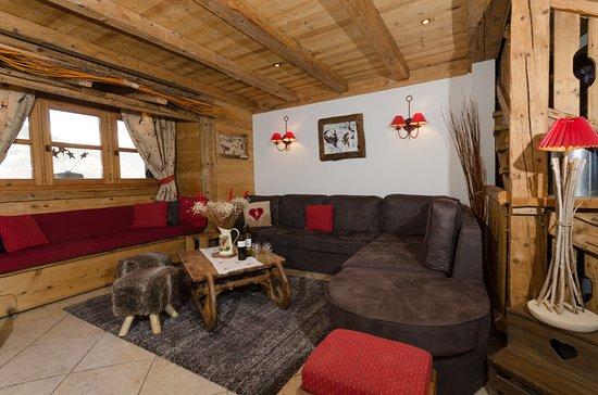 CHALET JARDIN D\'ANGELE - Lodge Reviews (Courchevel, France ...