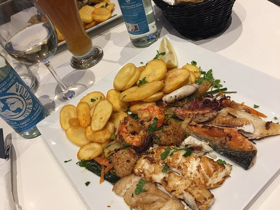 Picture of karo fisch restaurant hamburg for Cuisine karo