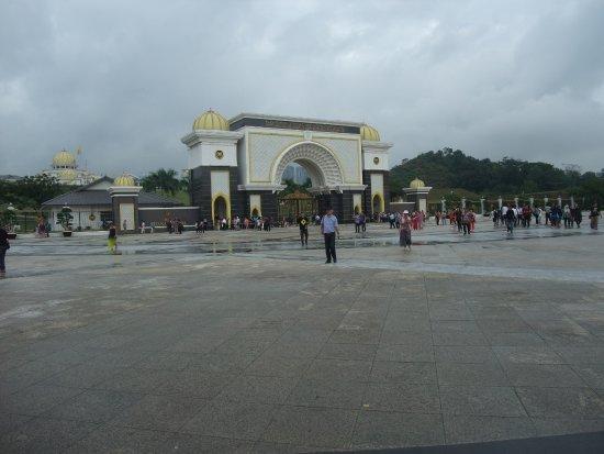 Photo of Historic Site Istana Negara at Jalan Tuanku Abdul Halim, Kuala Lumpur 50490, Malaysia