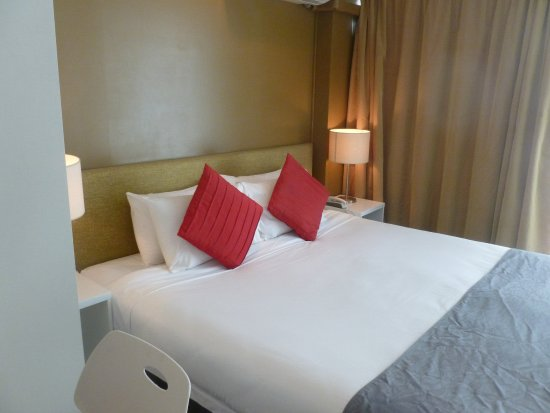 The Quadrant Hotel and Suites Auckland: Comfy bed
