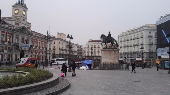 centro de madrid picture of puerta del sol madrid