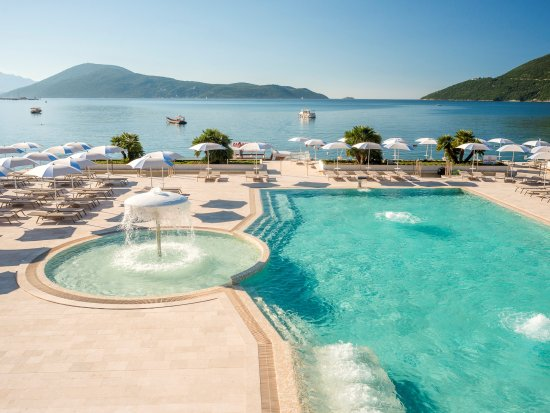 Igalo, Montenegro: Outdoor swimingpool