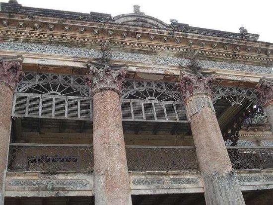 Rajshahi Division, Bangladesh: Puthiya Rajbari Main Building, Rajshahi, Bangladesh