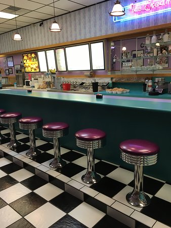 Kendallville, IN: Blue Heron Ice Cream Bar