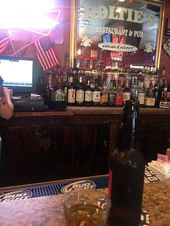 Barnhart, MO: Bar liquor