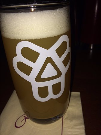 Portland Regency Hotel & Spa: Bissell Brothers on tap - with Bissell Brothers pint glasses