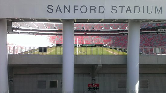 Atenas, GA: A view of Sanford Stadium. You can see the hedges on he left and right!