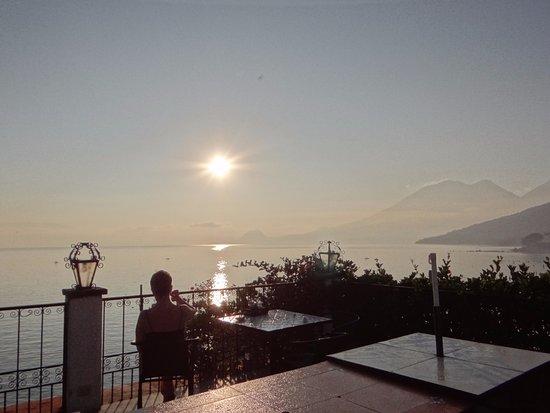 Mikaso Hotel Resto: vue de la terrasse