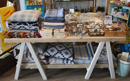 Brynsiencyn, UK: Our contemporary shop is full of Welsh gifts